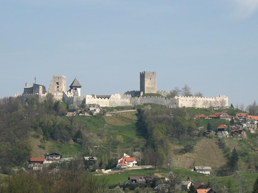 Stari dvorci i kurije u mom kraju - Page 2 Celjestarigrad_001